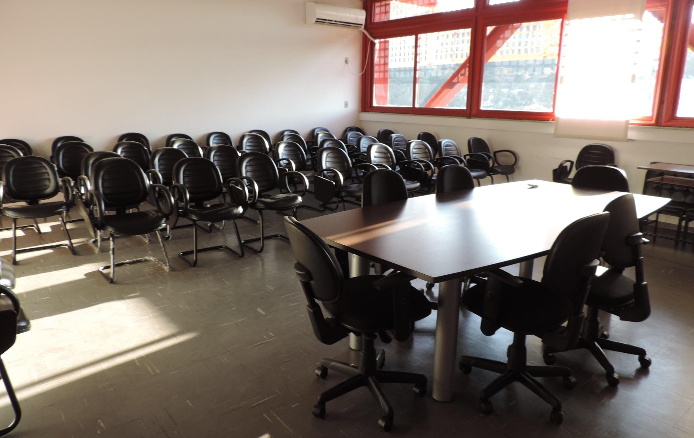 Sala de reuniões.
